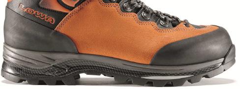 Trittsicherheit und Fußschutz mit Lowa Schuhen
